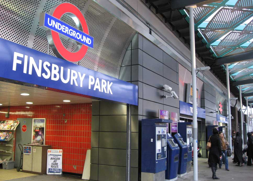 METRO FINSBURY PARK (GB) – FINITION PEARL BLEU